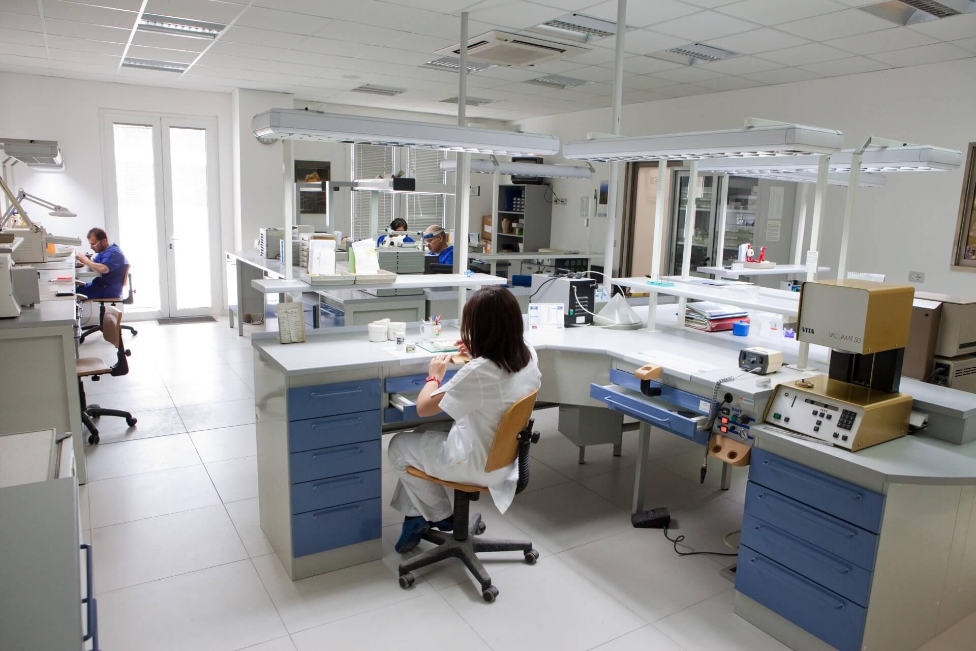 Laboratorio Odontotecnico | Logistica Medica | Modica